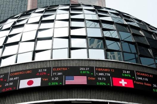 Bolsa Mexicana de Valores sube 1.02% a media sesión