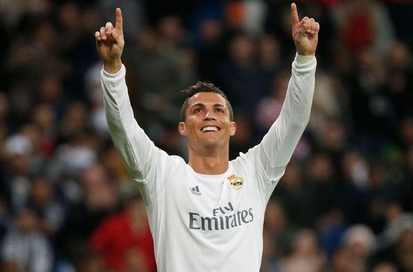 Le llueve dinero a Cristiano Ronaldo