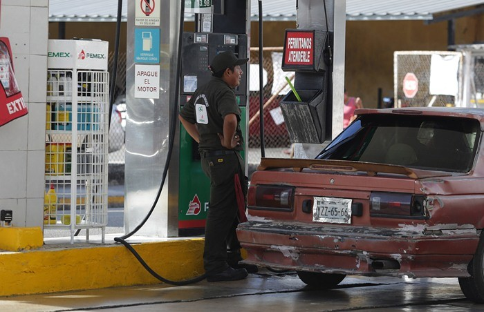 Gasolina Magna llega a 16.55 pesos el litro