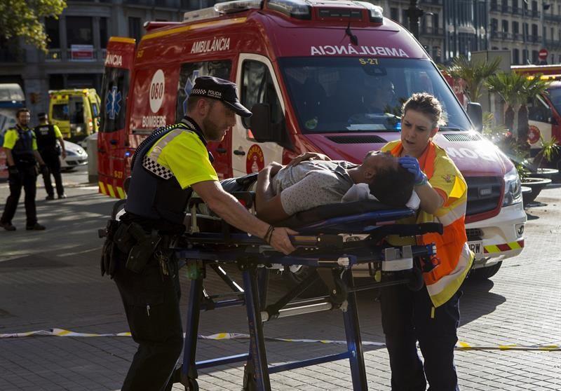 Policía española vincula tres camionetas con atentados