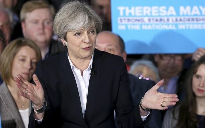 Diario Financiero: Theresa May pedirá disolución del parlamento británico