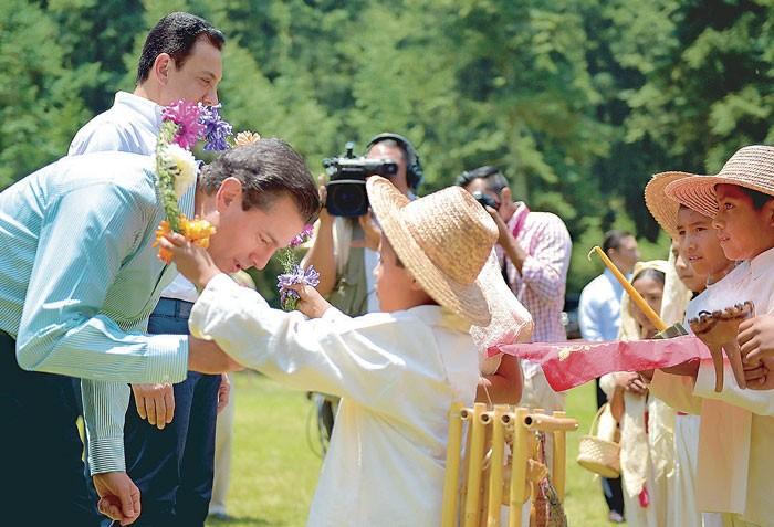 Ordena potenciar polos de desarrollo turístico