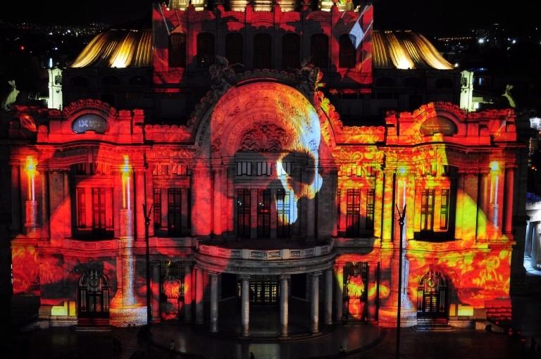 Filux llena de luz y color al Centro Histórico de CDMX