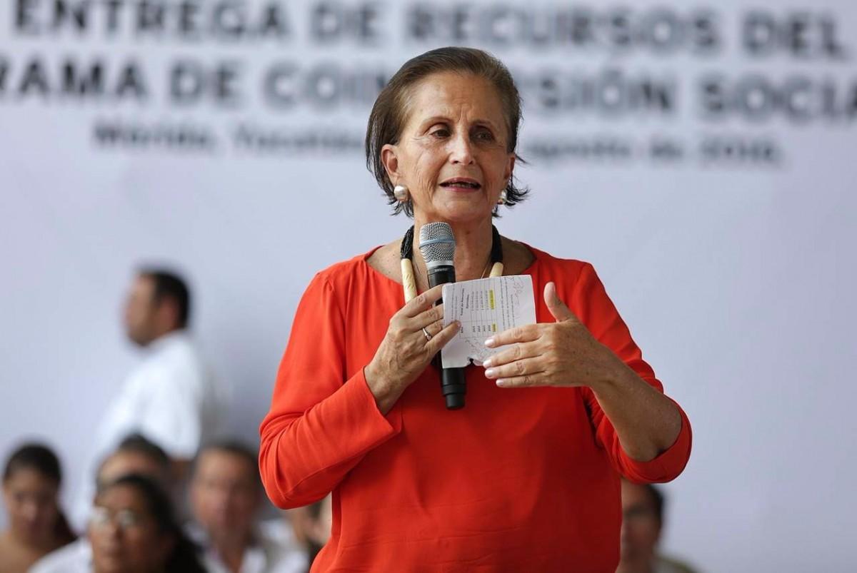 Murió Angélica Luna Parra, titular del Indesol
