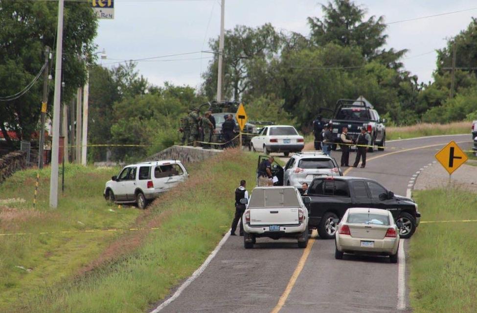 Grupo armado sitia y ataca comandancia policial de Coroneo — Guanajuato