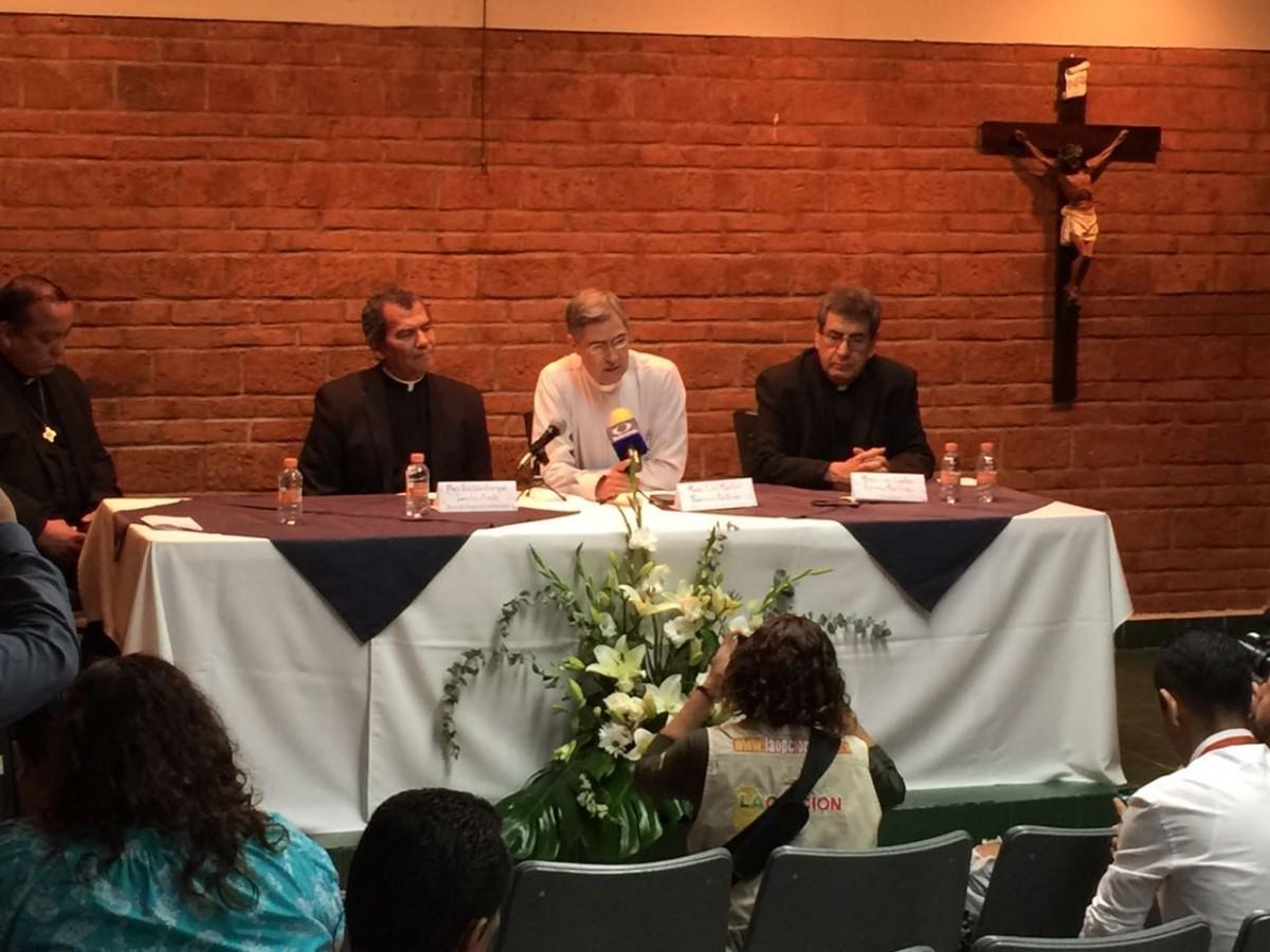 El sacerdote Luis Martín Barraza llegará en noviembre