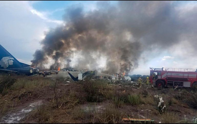 Unos 65 estadounidenses viajaban en avión accidentado en México