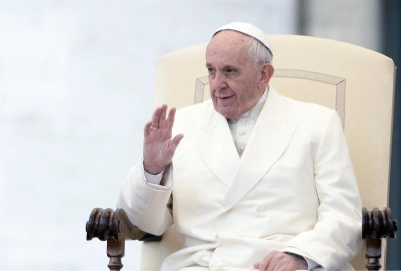 Llama el papa Francisco a denunciar la corrupción