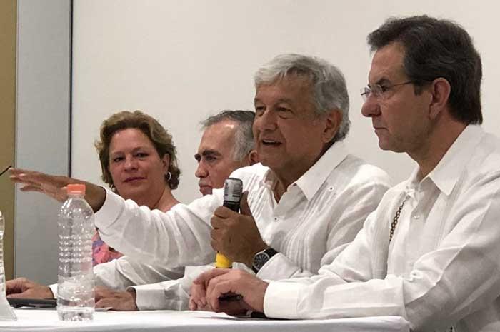 Descarta Meade campaña del gobierno contra Anaya