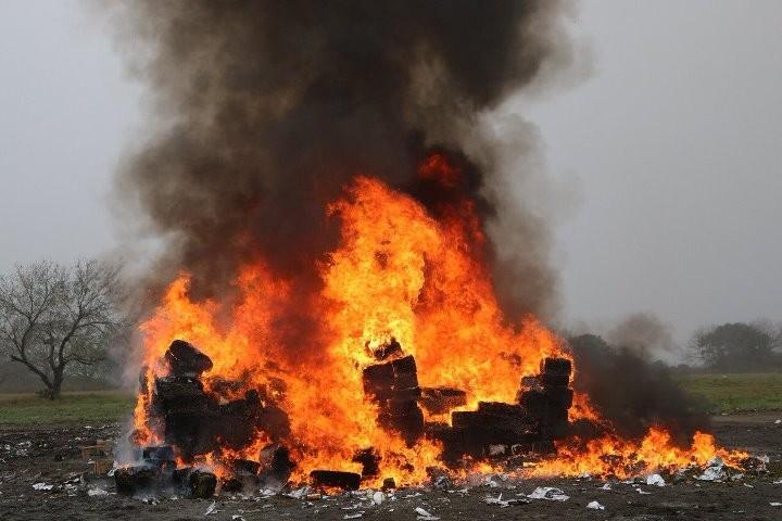 Explosión de pirotecnia deja dos muertos en Tultepec