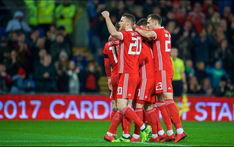 Gales se medirá a México sin Bale y con algunos Sub-21