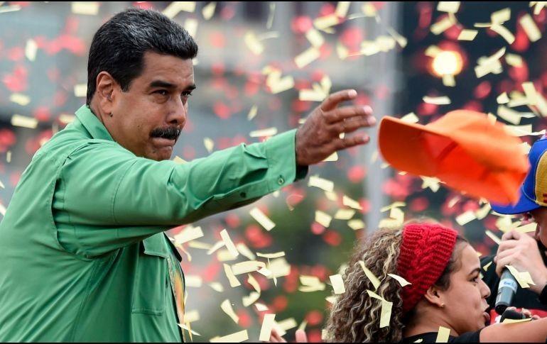 Maduro ceduló y utilizará colombianos en falsas elecciones — Santos