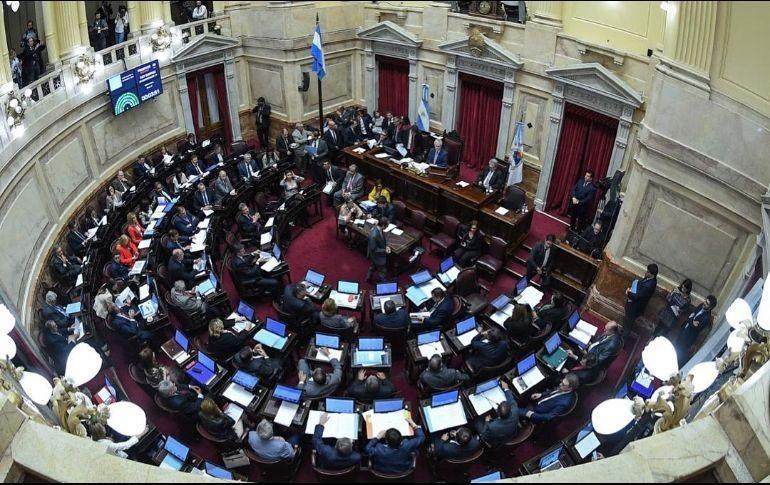 País: Evacuan el anexo al Senado por una falsa alarma