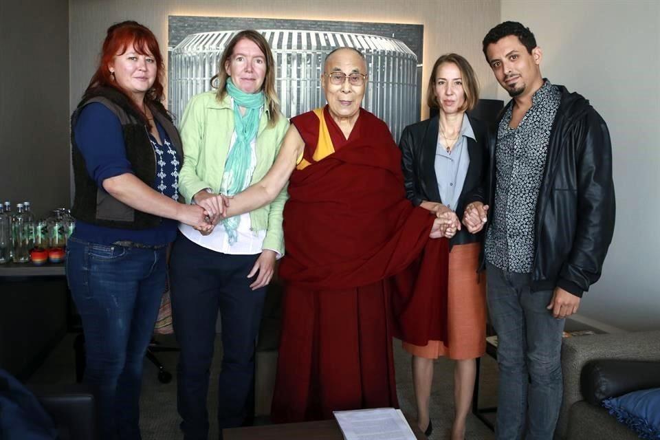Dalái Lama admite que sabía de abusos sexuales de maestros budistas