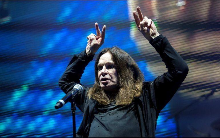 Ozzy Osbourne vuelve a suspender conciertos por problemas de salud