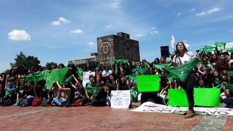 Violencia de género en la UNAM: sindicatos protegen a los acosadores