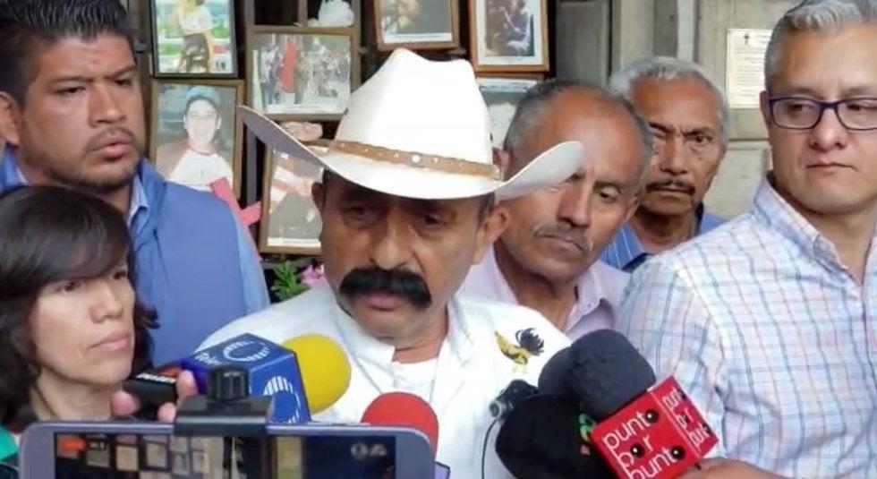Controvertida pintura de Zapata recibe demanda de parte de los familiares