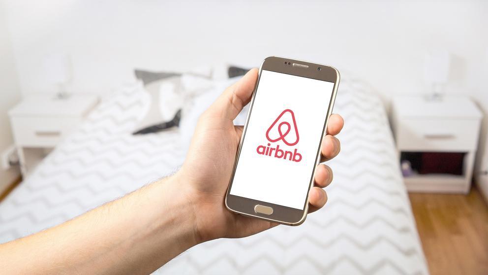 Cobrarán impuestos a Airbnb y similares -Reforma