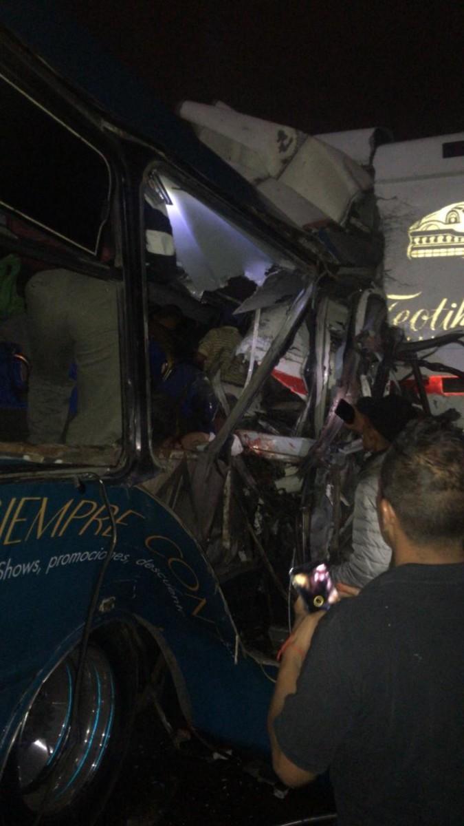 Carreterazo en la México - Pachuca; 9 muertos y 25 heridos - Omnia