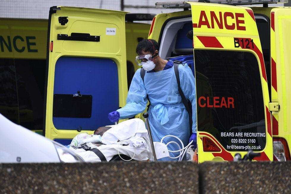 Más de 550 muertos en un día por coronavirus en Reino Unido