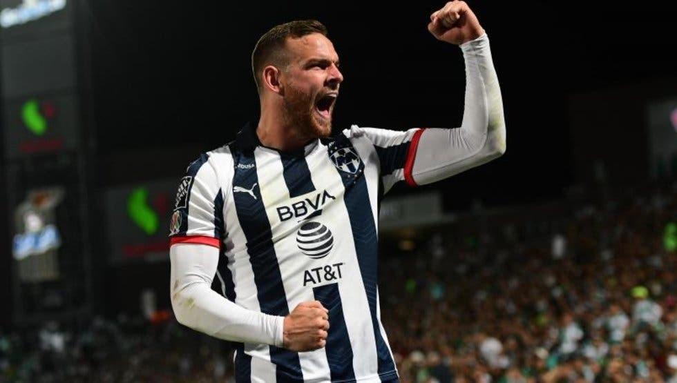 Vincent Janssen, jugador del Monterrey, se recupera satisfactoriamente del COVID-19